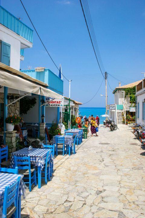 Agios Nikitas Village: A fish tavern.