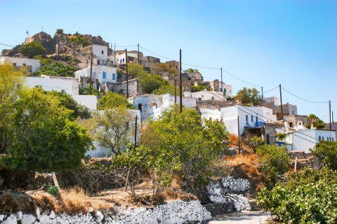 Emporios: Emporios village.