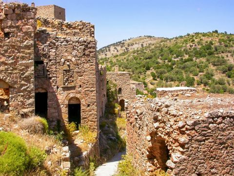 Anavatos: The village was abandoned after the catastrophic earthquake of 1881 and today it is a national monument for the island.