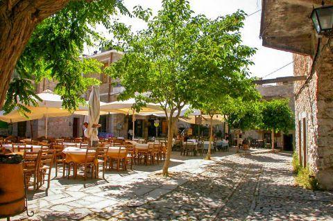Olympi: Taverns in Olympi village.