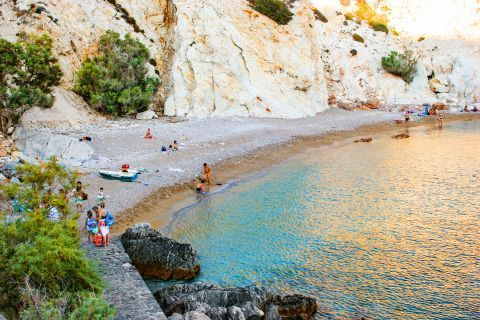 Vroulidia: An isolated, quiet beach.