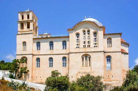 Agios Kirikos: A picturesque church.
