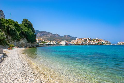 Kokkari beach: Kokkari beach is covered with white pebbles that reach the shore and in some parts it has sand.
