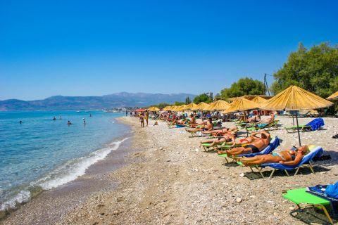 Pythagorio beach: Relaxing moments on Pythagorio beach.