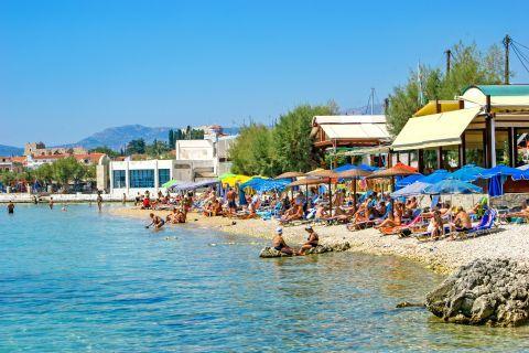 Pythagorio beach: Some fish taverns and cafes are found around the beach.