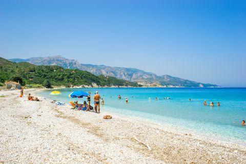 Kedros: Kedros beach is gifted with a wonderful landscape.