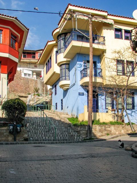 Old Town Ano Poli: Colorful mansions in Ano Poli.
