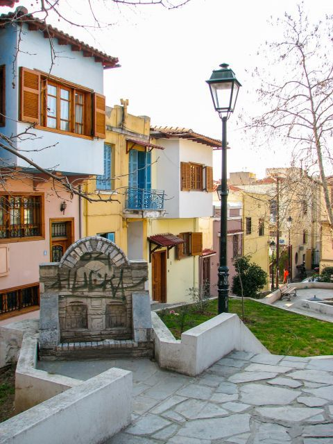 Old Town Ano Poli: Traditional architecture in Ano Poli.