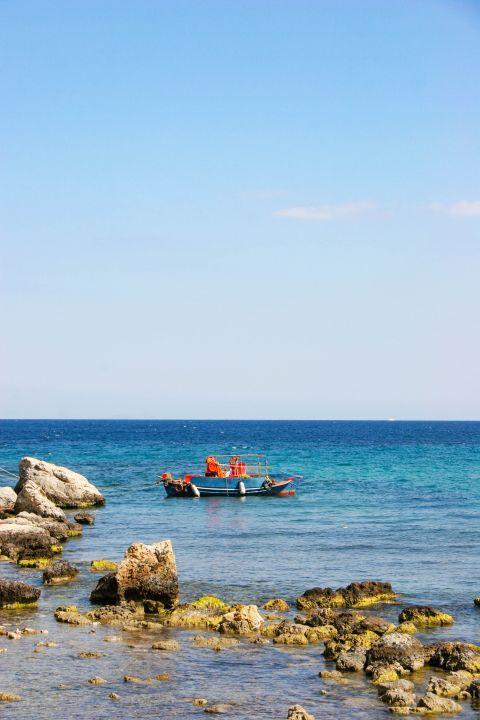 Agia Marina: Nice sea view.