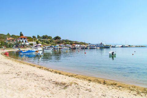 Ormos Panagias: A quiet, sandy beach.
