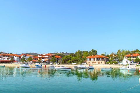 Ormos Panagias: This small village is one of the most picturesque areas of Halkidiki.