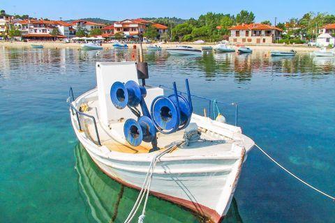 Ormos Panagias: A small fishing boat.