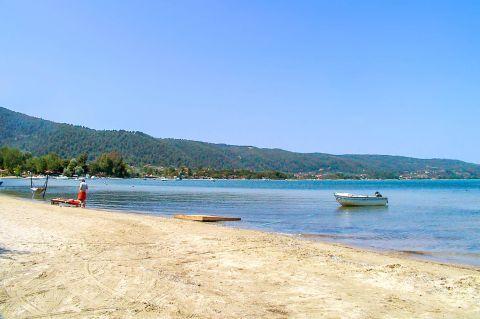 Karydi: Green hills surround this beautiful beach.