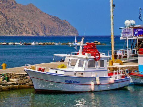 Diafani: A fishing boat on the harbor of Diafani village.