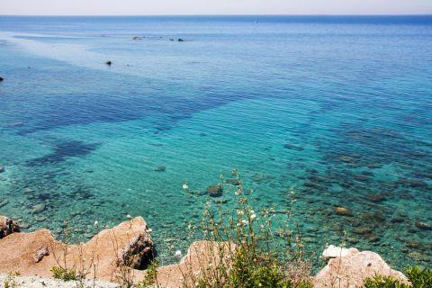Apidies: Crystal clear waters of Apidies beach.