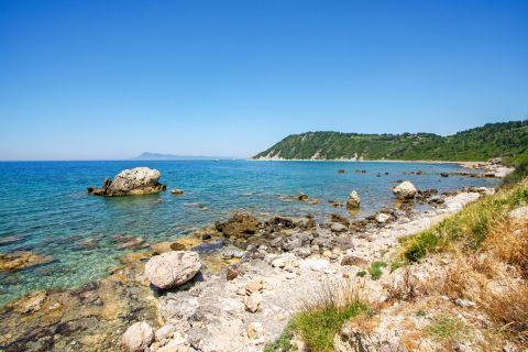 Fyki: Rocky surroundings, clean waters and green setting