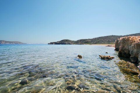Fatourena: Turquoise waters