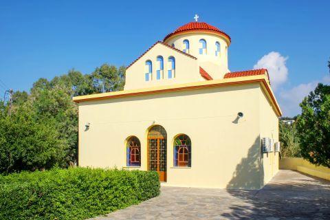 Ravdouha: A local church