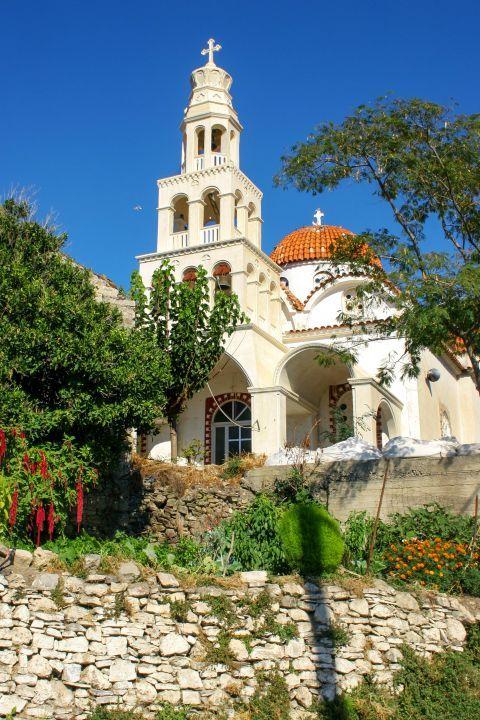 Rodovani: A picturesque church