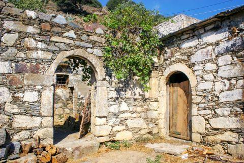 Papadiana: A stone built house