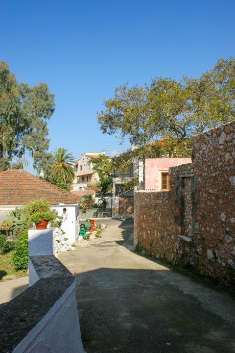 Vamos: Old houses