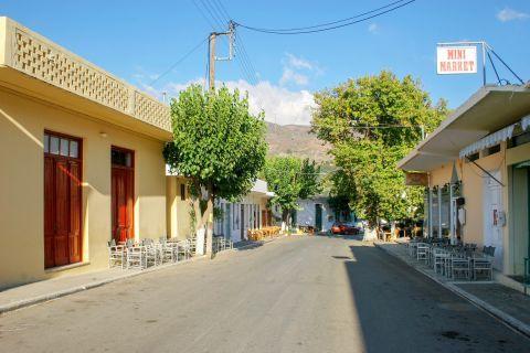 Kandanos: Peaceful village