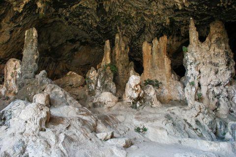 Topolia: In Agia Sofia Cave