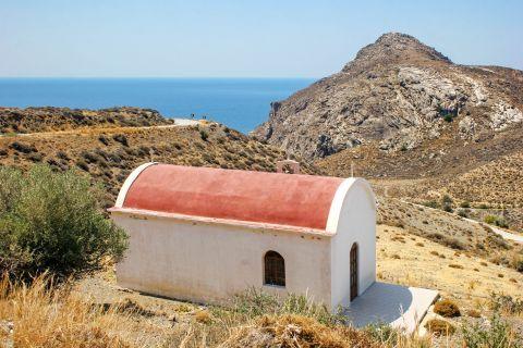 Lentas: Small church