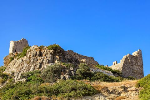 Asklipio: View of Asklipio Castle.