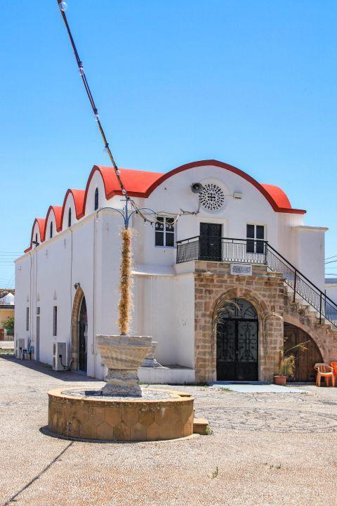 Massari: A local church.