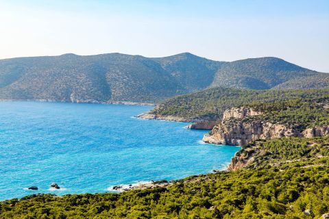 Fournou: Mountains, hills, lush vegetation and azure waters. A magical place.