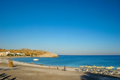 Kouloura: Kouloura beach is great for families with kids, who can play safely there.
