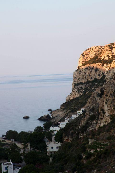 Lionas: The village under the cliffs