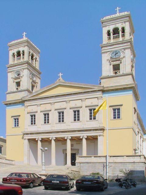 Ermoupolis: Agios Nikolaos church, Ermoupolis.