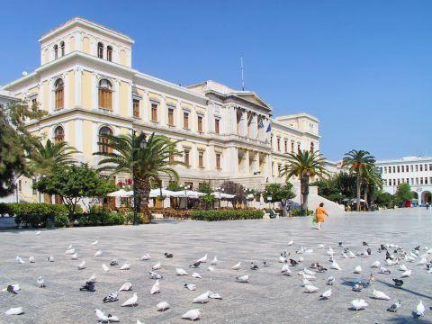 Ermoupolis: Miaouli square, Ermoupolis.