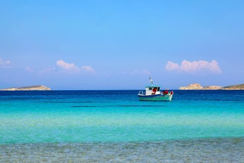 Platis Gialos: Impressive waters and relaxing sea view.