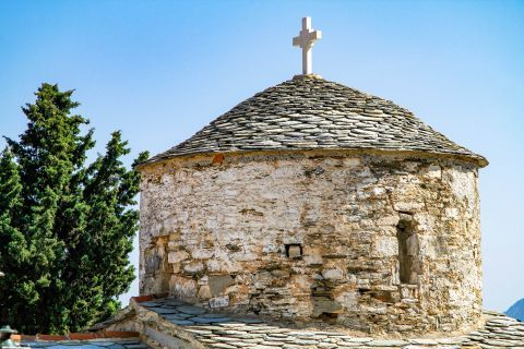 Chora: The stone-built dome of an Orthodox church.
