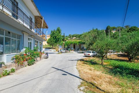 Anafonitria: Shops, houses and vegetation.
