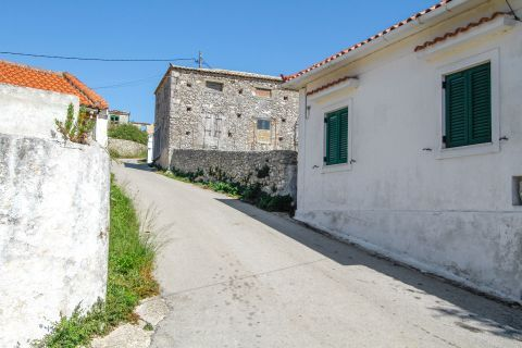 Anafonitria: An alley with picturesque houses.