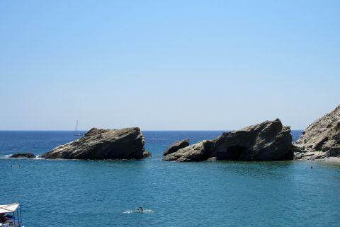 Agios Nikolaos: Rocks in the sea
