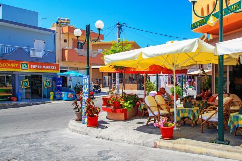 Kefalos: Local shops in Kefalos village.