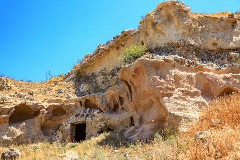 Kefalos: Rocky spots in Kefalos village.