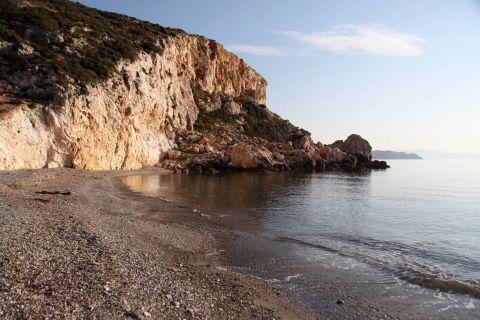 Chilia Vryssi: Hilia vrisi beach