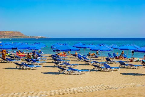 Faliraki: An organized spot on Faliraki beach.