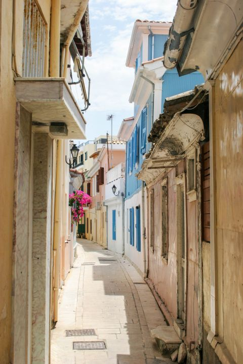 Town: A narrow path with old houses around.