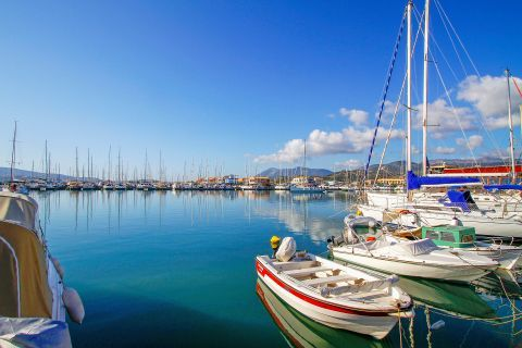 Town: Boats and yachts can be found on the port of Lefkada Town.