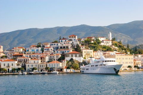 Town: Approaching the port of Poros.