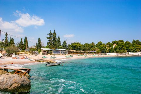 Agia Marina: The beach boasts a wonderful scenery.