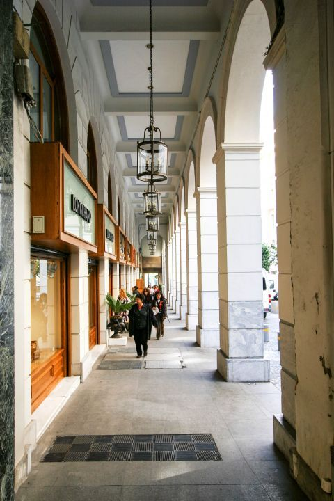 Syntagma: Shopping corners in Athens