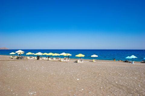 Kalathos: Sandy beach, amazing sea view.
